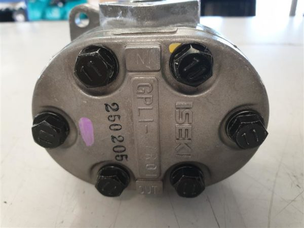 HYDRAULIC GEAR PUMP ISEKI
